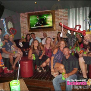 bar crawl playa del carmen