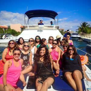 Yacht party bachelorette Playa del Carmen