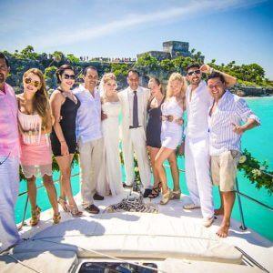 Playa Del Carmen Yacht - Group Pics